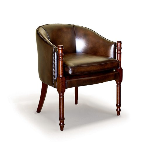 Davenport Traditional English Leather Chesterfield Chair